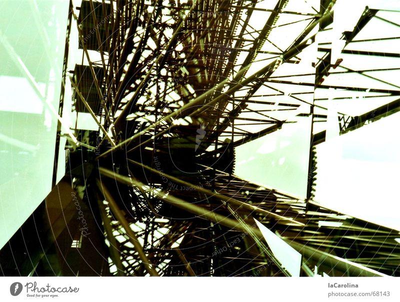 Stillstand ruhig Niveau Stahl Doppelbelichtung Ruhestand durcheinander Konstruktion Eisen Erinnerung Riesenrad Spreepark