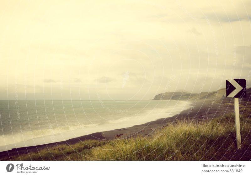 angekommen. Natur Ferien & Urlaub & Reisen Meer Einsamkeit Landschaft Wolken Strand Ferne Umwelt Straße Herbst Frühling Gras Küste Freiheit Wellen