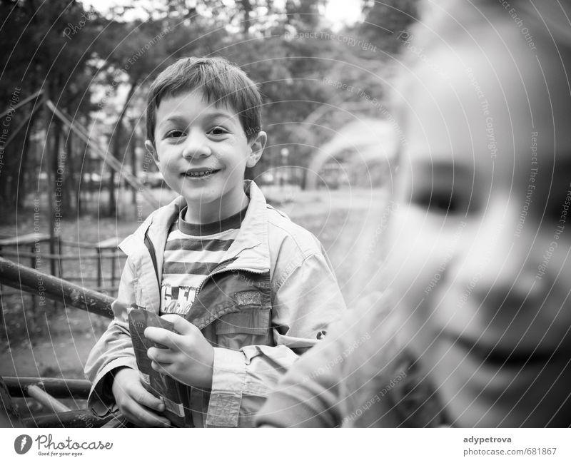 Spielplatz Mensch maskulin feminin Kind Mädchen Junge Leben 2 3-8 Jahre Kindheit Umwelt Frühling Baum Garten Park Dorf Stadt Gefühle Stimmung Freude
