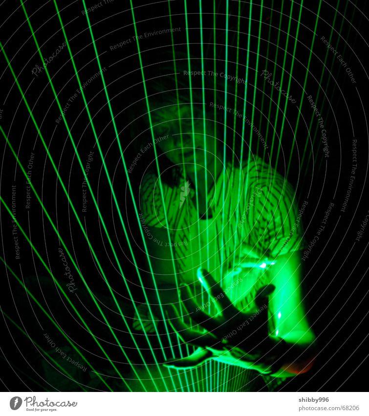 Laser-Harfe mit Model grün Lampe Musik träumen Beleuchtung Industriefotografie Technik & Technologie