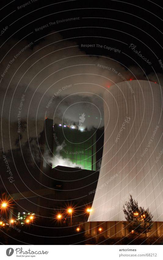 Color Industries Nebel Macht Technik & Technologie Industriefotografie Fabrik bedrohlich Rauch Laterne gigantisch Farbenspiel Kühlturm