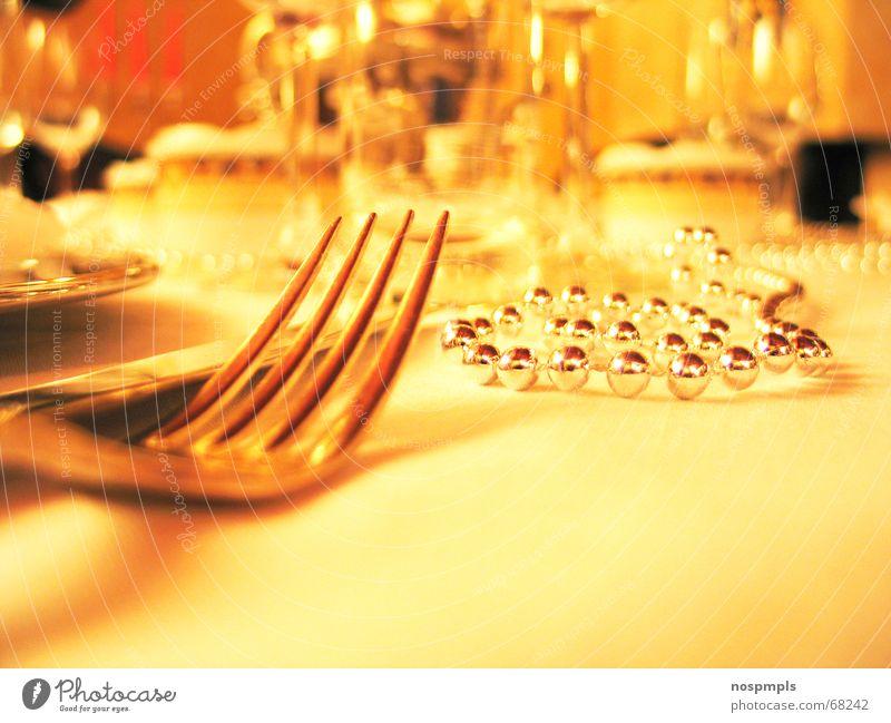 Tisch gelb Restaurant Café Teller Gabel Geschirr