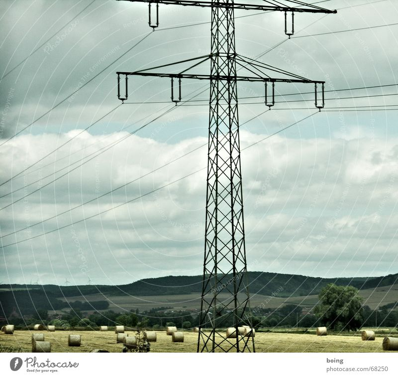 3 in 1 Kombifoto Baum Landschaft Herbst Feld groß Elektrizität Kabel Industrie Dorf Windkraftanlage Strommast ökologisch Hochspannungsleitung Wohnsiedlung