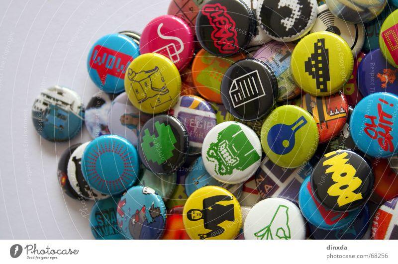 push the button Anstecker Popmusik mehrfarbig retro old-school Anstecknadel Pop-Art Popkultur