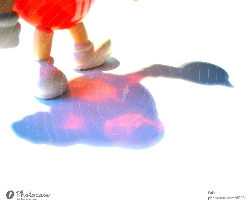 Red rot Dinge Kunstoff Statue Schatten