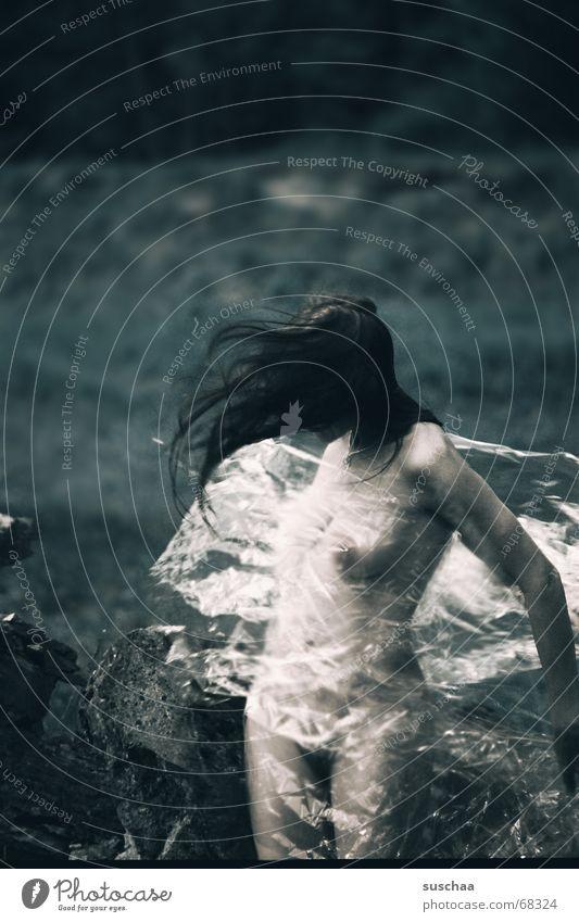 mein neues plastikkleid Frau blau Erotik kalt nackt Bewegung Haare & Frisuren Stimmung Tanzen Wind frei Akt Statue durchsichtig Schwung