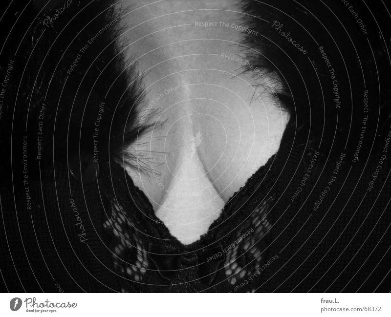 Pelzkragen Strickjacke selbstbewußt Frau Jacke Hemd Dekolleté Erotik feminin Stil 50 plus Fünfziger Jahre Bekleidung Vergänglichkeit webpelz Brust Frauenbrust