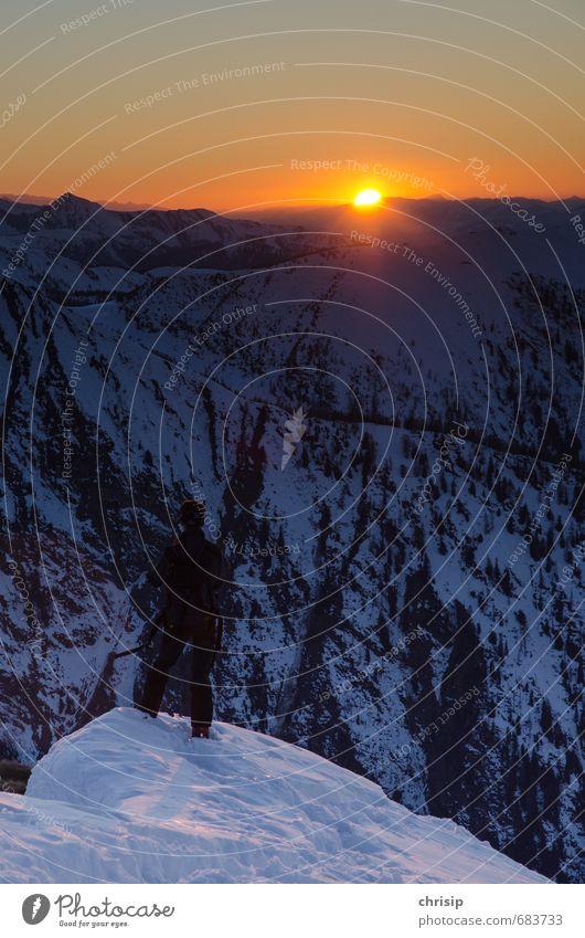 fast vorbei Freizeit & Hobby Abenteuer Ferne Freiheit Winter Schnee Berge u. Gebirge wandern Sportler Mensch 1 Natur Landschaft Himmel Horizont Sonne