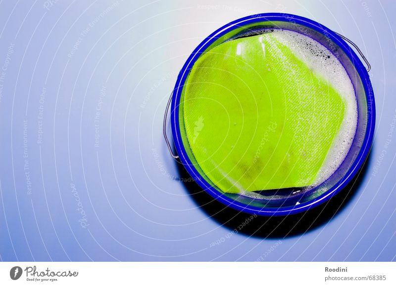 High-Tech-Eimer Wasser dreckig Kreis Sauberkeit Reinigen Stillleben Geometrie Tuch Schaum Raumpfleger Seife Abwasser Inhalt Wischen Staubwedel