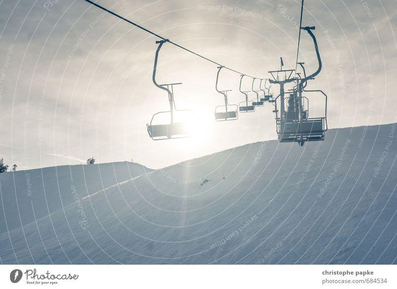 Lift me up! Ferien & Urlaub & Reisen Winter Schnee Winterurlaub Berge u. Gebirge Sport Wintersport Skier Schneebedeckte Gipfel damüls Bregenzerwald Skilift