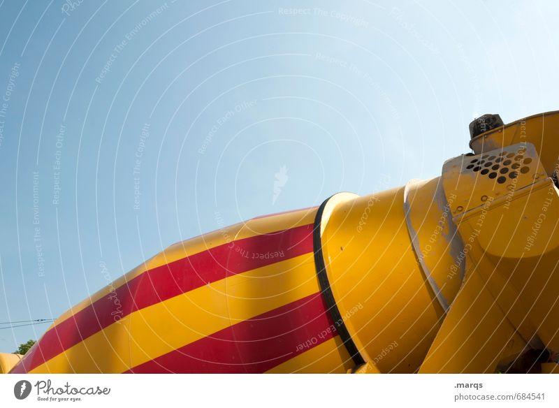 Mischmasch Güterverkehr & Logistik Baustelle Unternehmen Wolkenloser Himmel Lastwagen Zementwagen Streifen Arbeit & Erwerbstätigkeit bauen gelb rot Farbe