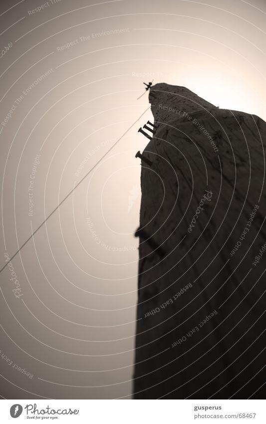 mast[er] Mind Holz Fernschreiber Draht transferieren verbinden wählen Holzmehl Verbindung Strommast Baumstamm siluette Leitung durchkommen tree trunk outline