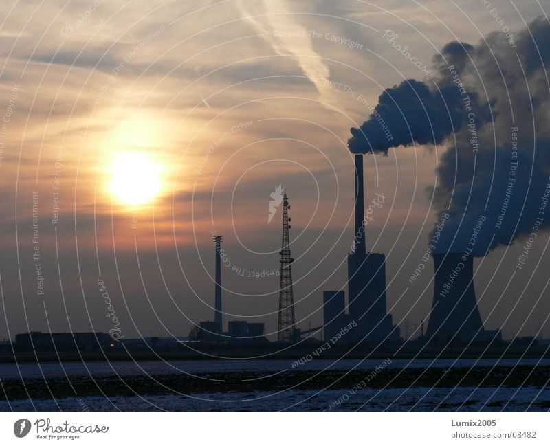 Ein Abend geht zu ende Natur Sonne Winter Wolken Feld Stromkraftwerke Braunkohle