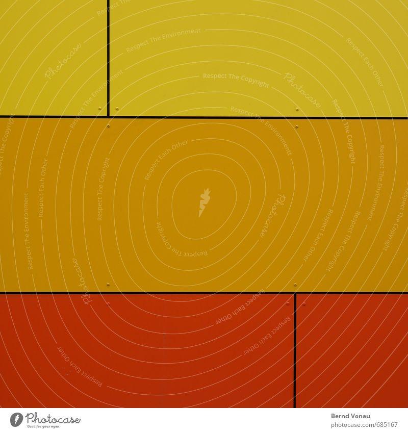 Q³ Haus Gebäude Architektur Mauer Wand Fassadenverkleidung gelb orange rot schwarz Befestigung Schraube Fuge Kunststoff Modernisierung streng Geometrie Quadrat