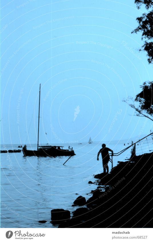 KOMPLIZIERTER SCHERENSCHNITT Himmel Natur Ferien & Urlaub & Reisen Mann blau schön Sommer Wasser Erholung rot Landschaft Wolken schwarz gelb Gefühle Senior