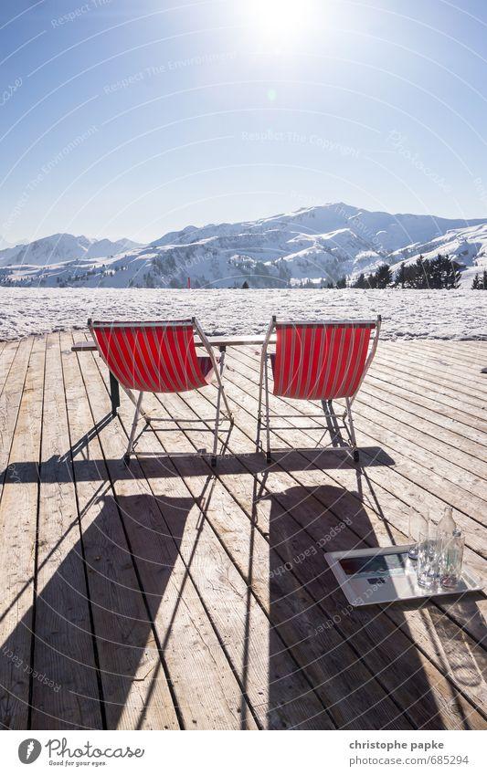 Ein Platz an der Sonne Ferien & Urlaub & Reisen Ferne Winter Schnee Winterurlaub Berge u. Gebirge Schönes Wetter Alpen Schneebedeckte Gipfel Holz Erholung