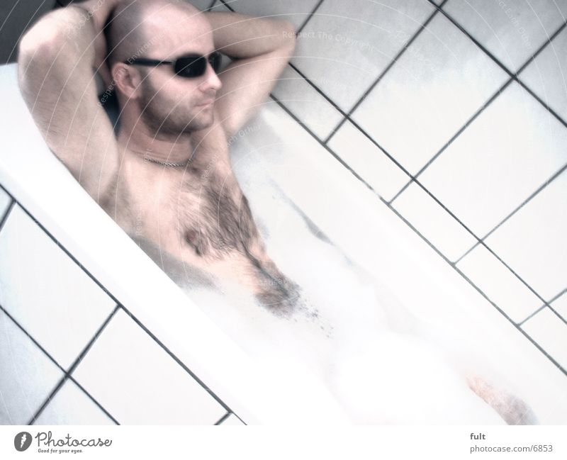 Badetag Mann Badewanne Schaum Fliesen u. Kacheln
