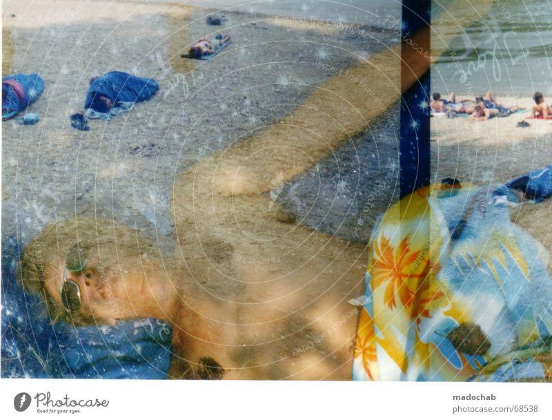 I LOVE E.T. | people  person male typ mann male man boy abstrakt Mensch Mann blau Sommer Erholung Wolken Freiheit fliegen oben maskulin liegen Wetter Schönes Wetter schlafen Pause Unendlichkeit