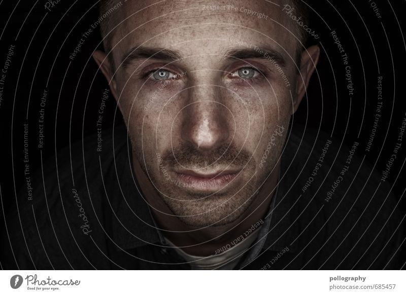 hard shell - soft core (6) Mensch Jugendliche Mann Einsamkeit 18-30 Jahre Junger Mann Erwachsene Leben Traurigkeit Gefühle Stimmung Kopf maskulin Trauer