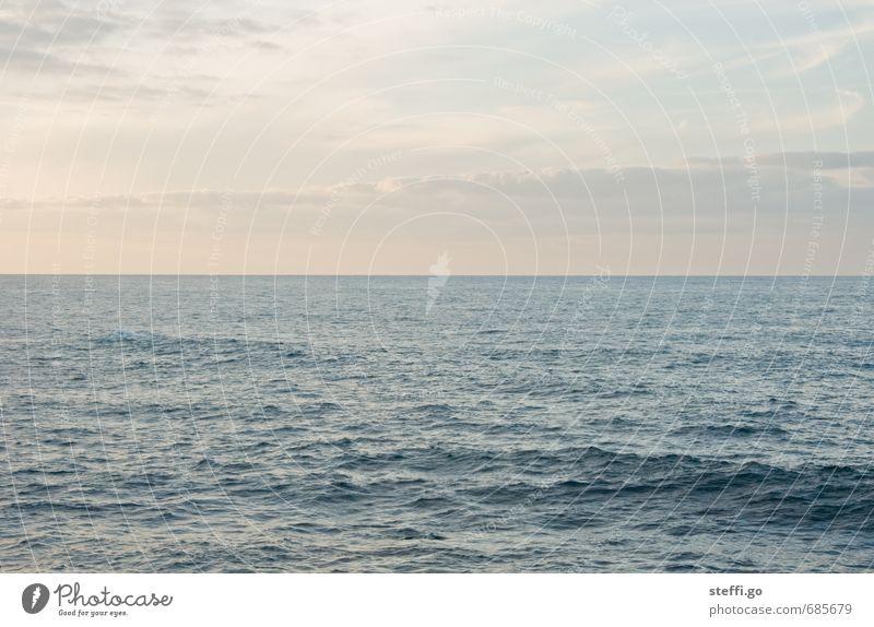 unendliche Weite // Teneriffa I Ferien & Urlaub & Reisen Sommer Meer Einsamkeit Erholung ruhig Ferne Strand Küste Freiheit Horizont Wellen Zufriedenheit