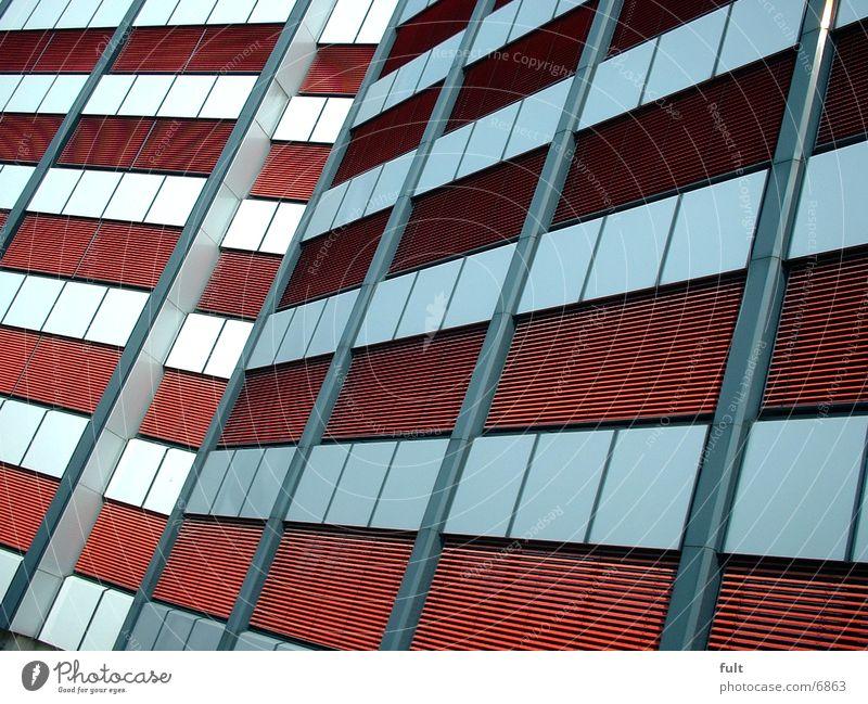 Fassade Haus rot Architektur Maske