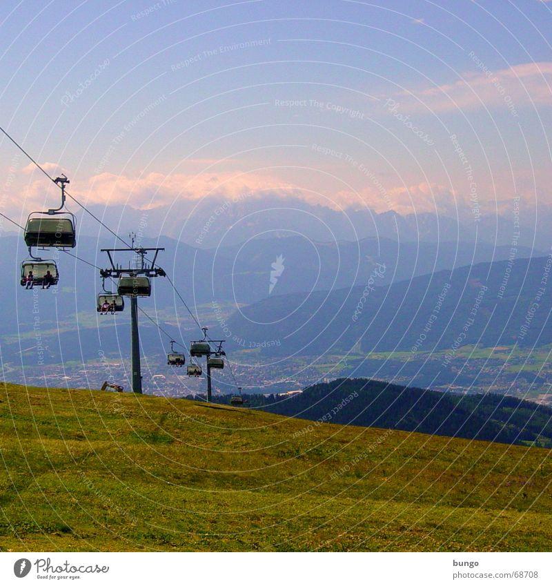 noctis umbrae Ferien & Urlaub & Reisen Hügel Bergkette Gipfel Wiese grün Österreich Wolken Sesselbahn Seilbahn ruhig schön Erholung Berge u. Gebirge Ferne