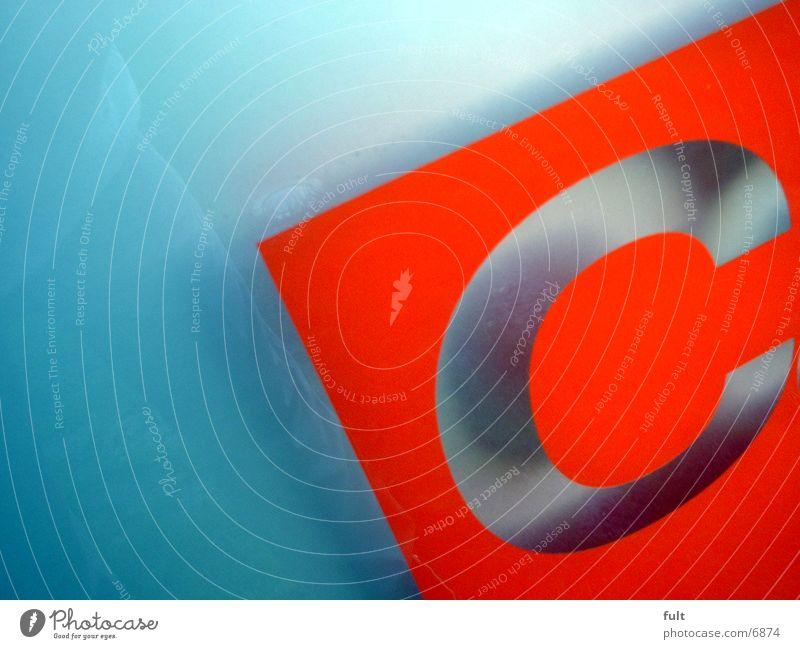 C rot Stil Glas Industrie Buchstaben