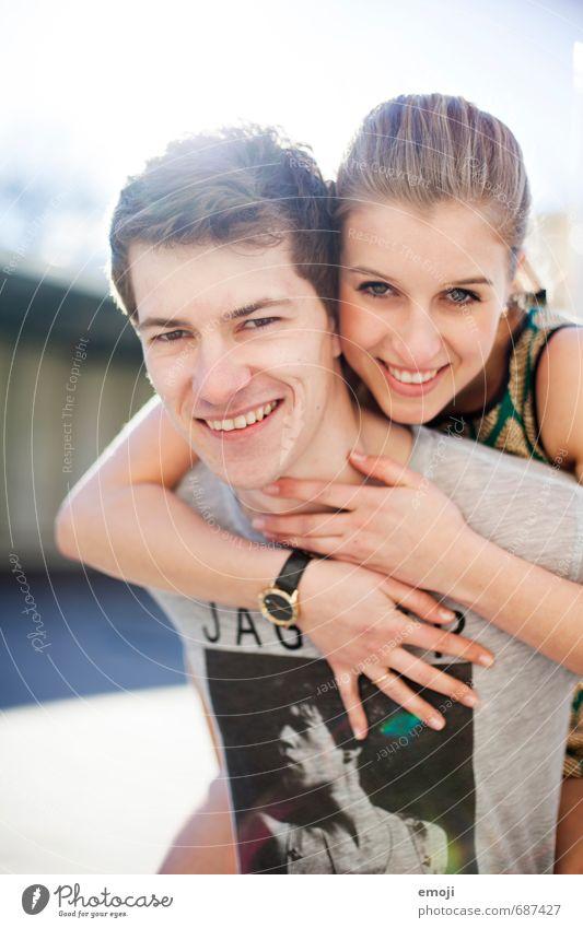 Freu(n)de maskulin feminin Junge Frau Jugendliche Junger Mann Freundschaft Paar 2 Mensch 18-30 Jahre Erwachsene Fröhlichkeit Glück schön positiv lachen Freude