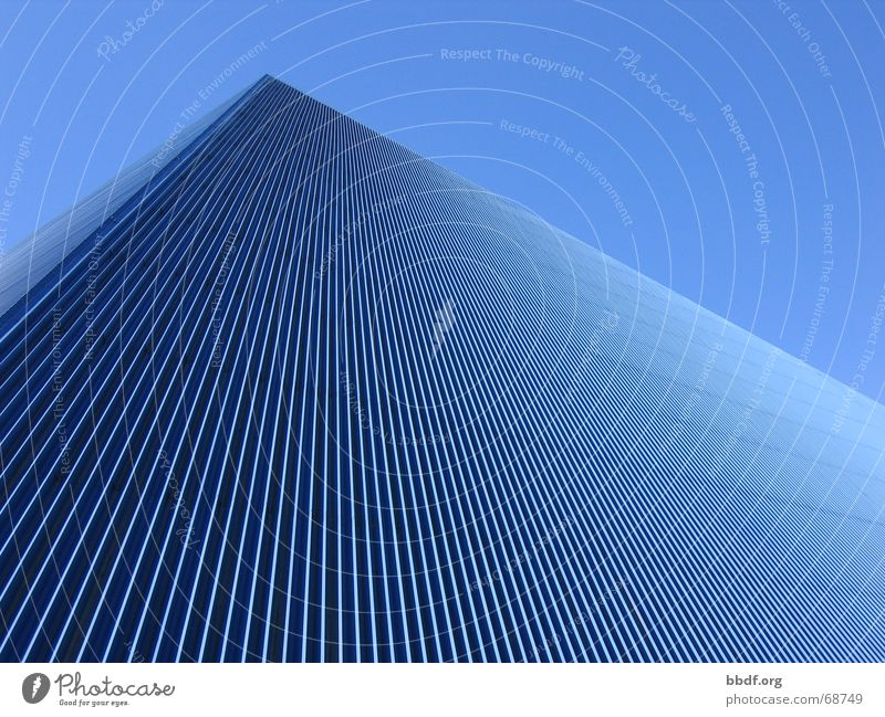 pyramide Wellblech Dach Blechdach Kalifornien Dreieck Long Beach Pyramide Blauer Himmel blau state university