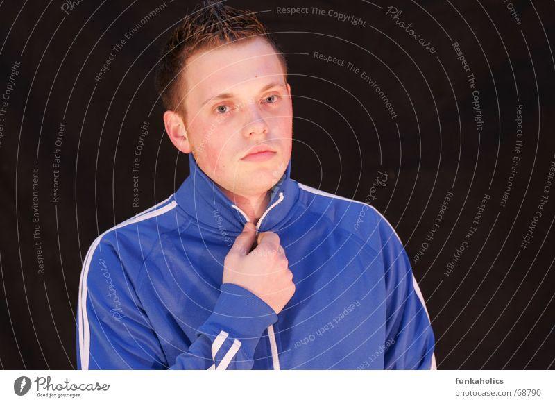 cooles training kalt Porträt Reißverschluss trainingsanzug blau Coolness bleich Trainingsjacke