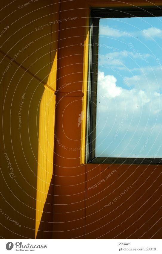 Fensterplatz Licht Wolken Himmel gelb Muster light sky Schatten Blick view