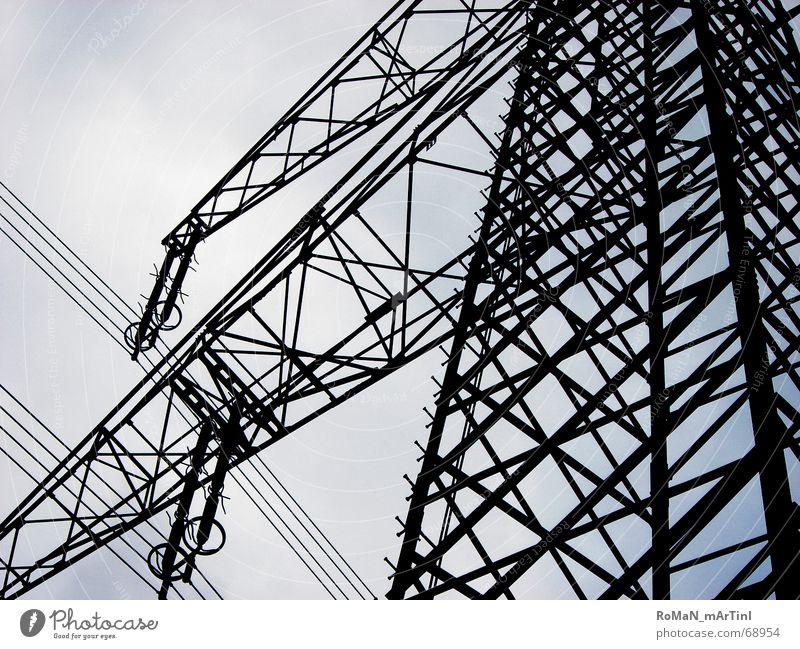 Frei-leitung Himmel blau Energiewirtschaft Elektrizität Strommast Eisen Träger Starkstrom Stromtransport