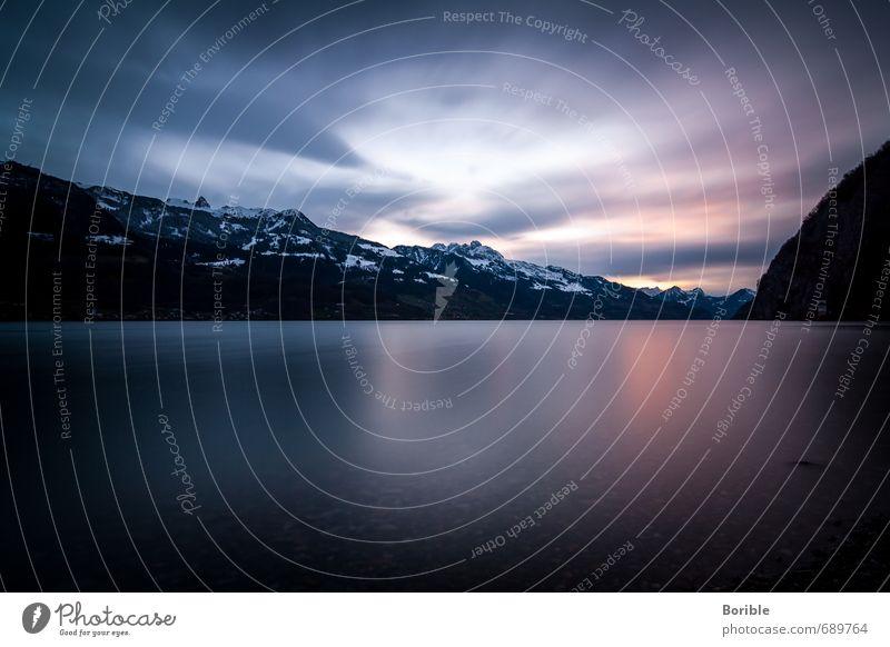 Abendlicht Umwelt Natur Landschaft Wasser Himmel Wolken Sonnenaufgang Sonnenuntergang Herbst Winter Klima Alpen Seeufer Walensee entdecken Erholung hängen
