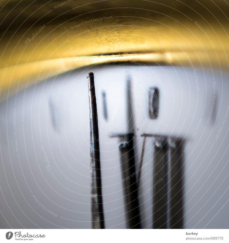 kurz vor 12 Sammlerstück Gold Zeichen Ziffern & Zahlen Gefühle Verantwortung achtsam Wachsamkeit Pünktlichkeit Wahrheit vernünftig diszipliniert Zukunftsangst