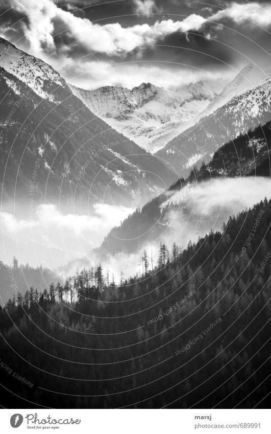 Blick ins Tal Himmel Natur Einsamkeit Landschaft Wolken Winter dunkel Wald Berge u. Gebirge Herbst Frühling Freiheit Felsen Horizont Wetter Nebel