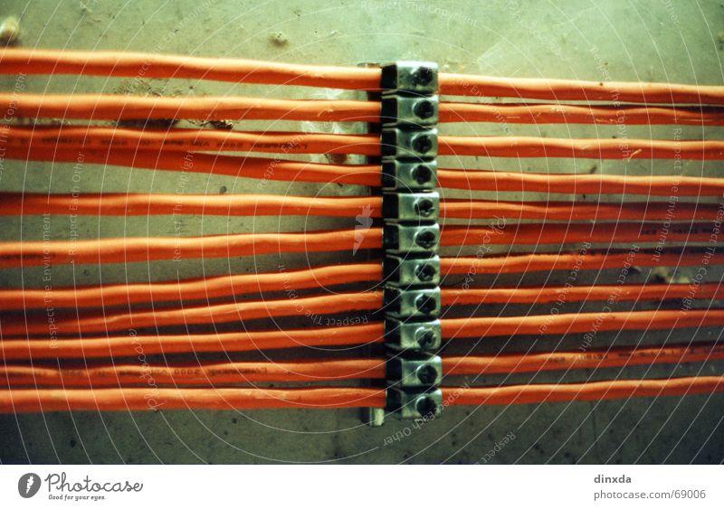brrrzzl Linie orange Elektrizität Kabel Verbindung Leitung