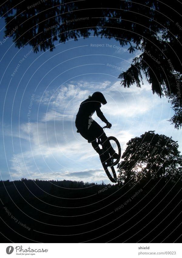 whip Mountainbike Trick BMX Himmel bikepark geißkopf Sport