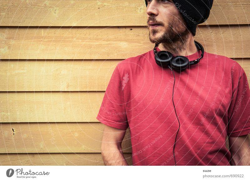Augenscheinlich Mensch Jugendliche Mann schön rot Freude 18-30 Jahre Junger Mann gelb Erwachsene Wand Mauer Stil Mode Party Freizeit & Hobby