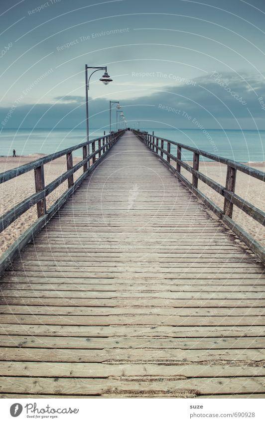 Einmal hin, nicht zurück ... Himmel Natur blau Meer Einsamkeit Landschaft ruhig Wolken Strand kalt Umwelt Wege & Pfade Küste Holz außergewöhnlich Sand