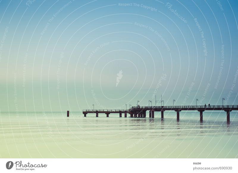 Sehnsucht hat eine Farbe ruhig Ferien & Urlaub & Reisen Umwelt Natur Landschaft Luft Wasser Himmel Horizont Klima Wetter Küste Ostsee Meer Brücke Wege & Pfade