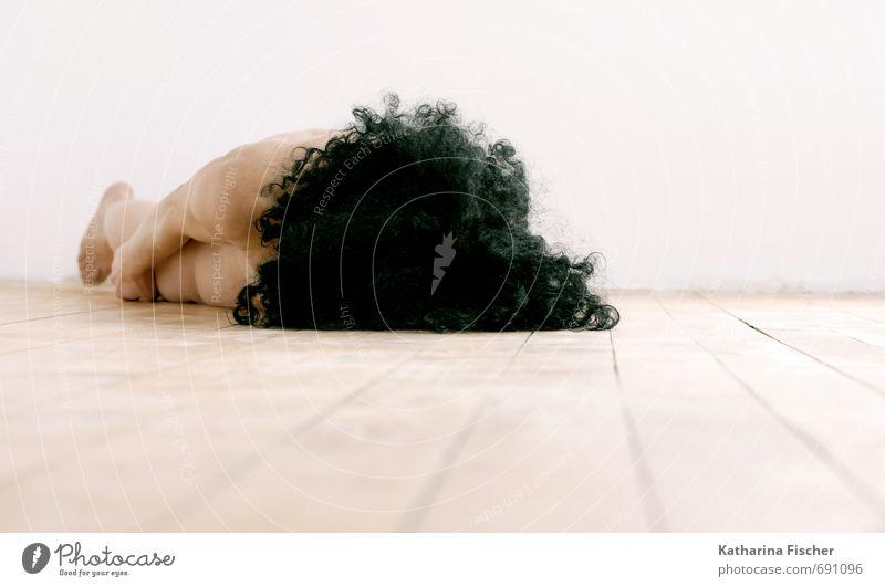 #691096 feminin Frau Erwachsene Körper Haut Kopf Haare & Frisuren Arme Mensch 30-45 Jahre liegen einfach nackt dünn braun schwarz weiß Kunst Innenarchitektur