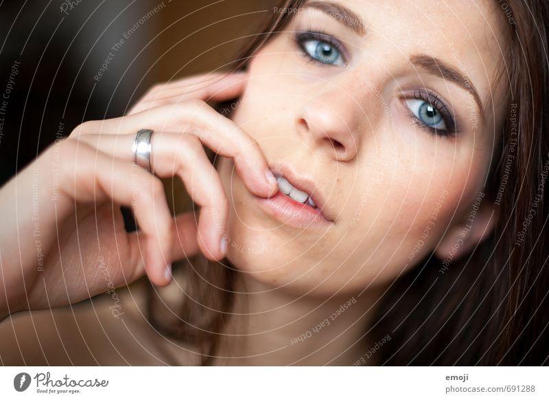 raw V Mensch Jugendliche schön Junge Frau 18-30 Jahre Gesicht Erwachsene feminin