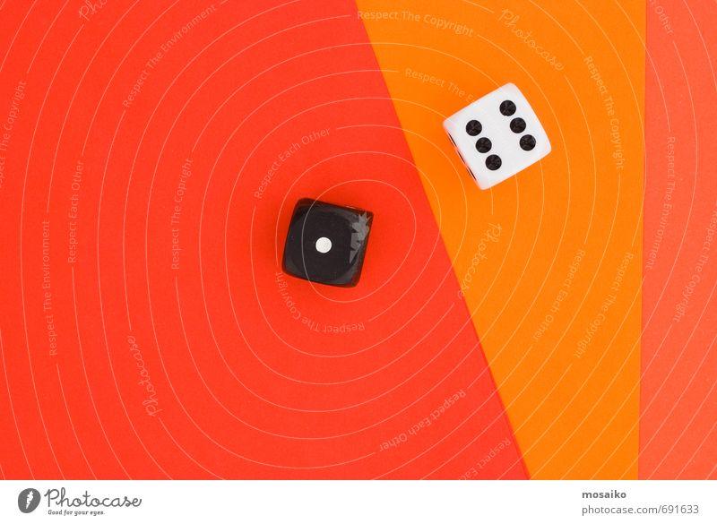 Würfel auf orangem Grafikhintergrund Lifestyle Stil Design Freude Glück Entertainment Erfolg Verlierer wählen Zusammensein einzigartig rot schwarz weiß