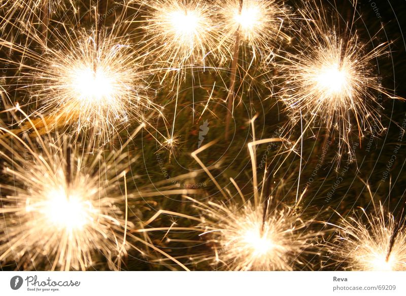 Wunderkerzen schön dunkel hell Feste & Feiern glänzend Brand leuchten Silvester u. Neujahr brennen 7