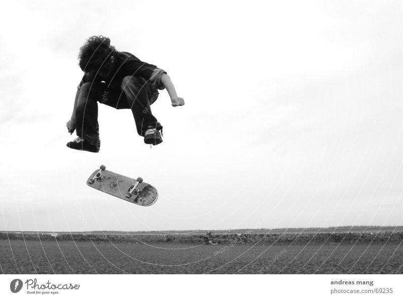 Nollie Heelflip - pt.II Skateboarding Salto springen fliegen Stil Trick Aktion Sport extrem Junge boy Parkdeck nollie heel Straße fly flying stylish Kind