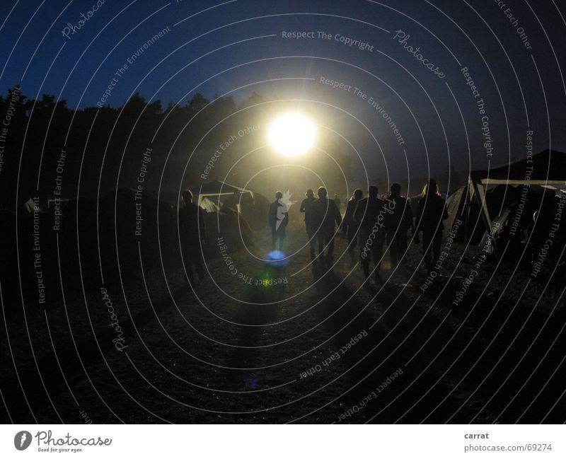 Story of the Hurricane! Licht Menschenmenge Staub dunkel Nacht Gegenlicht Unwetter Sonne Musikfestival Schatten Wetter