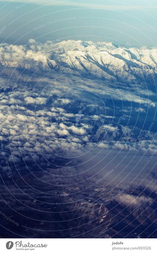 above the clouds Umwelt Landschaft Erde Luft Himmel Wolken Berge u. Gebirge Gipfel Schneebedeckte Gipfel Freiheit über den Wolken fliegen Schwerelosigkeit