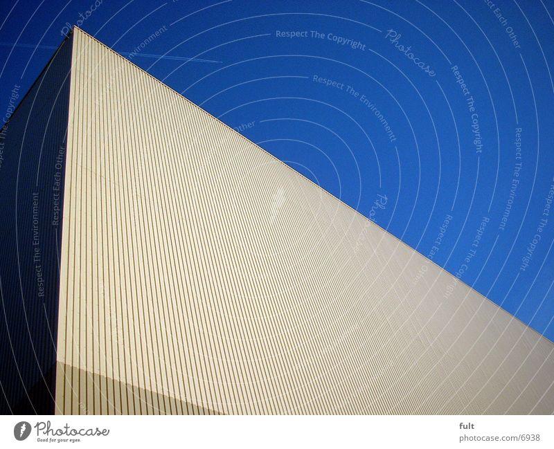 Lagerhalle Himmel Architektur Flugzeug Fassade