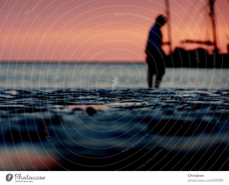 Titellos Mensch alt Himmel Sonne Meer Strand Sand Wasserfahrzeug Kunst Hintergrundbild Spuren Belichtung