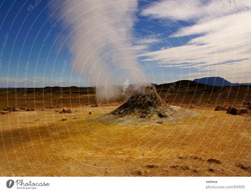 wie faule Eier Himmel blau gelb Stein Brand Feuer Wüste Island Wasserdampf Vulkan Mineralien Schwefel